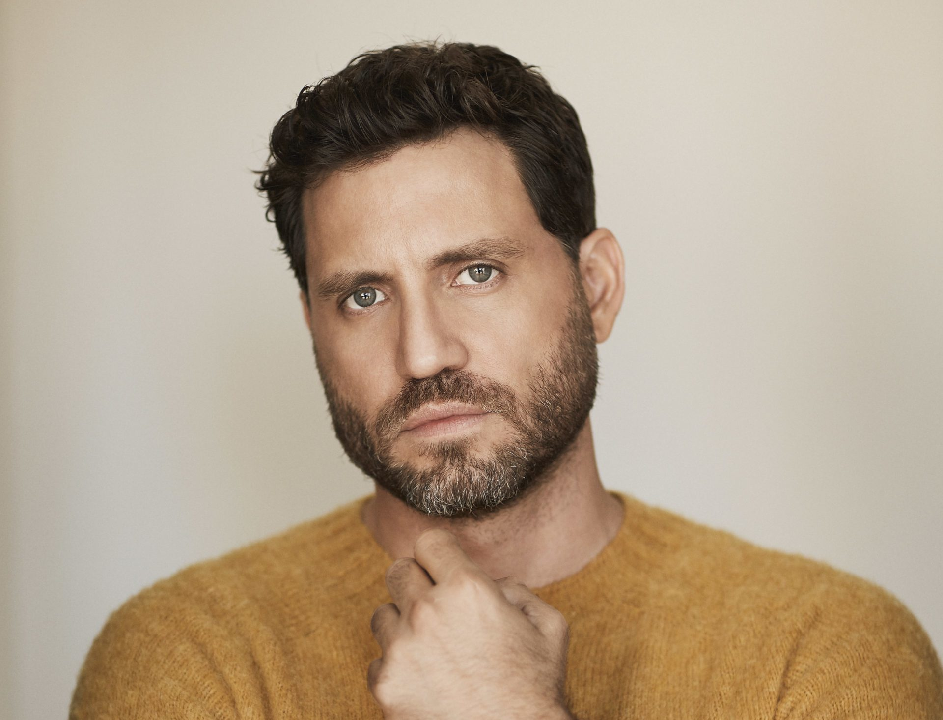 Edgar Sep2017 0148B flat scaled e1587561685913 - face-time, culture - Edgar Ramirez is Versace -  - Edgar Ramirez is Versace